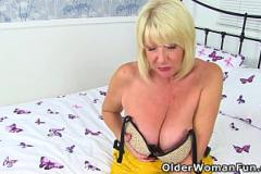 Vung trom.com Wild porn show in group with insolent Reina Oomori